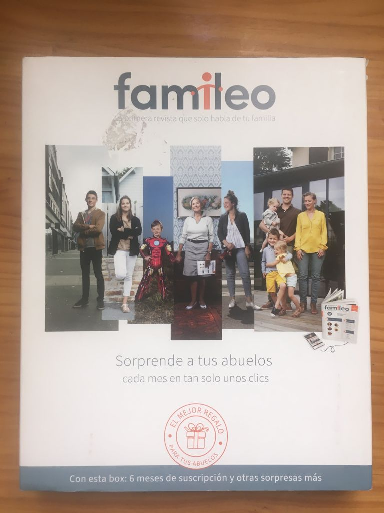 Box with the different contents included in the subscription to Famileo